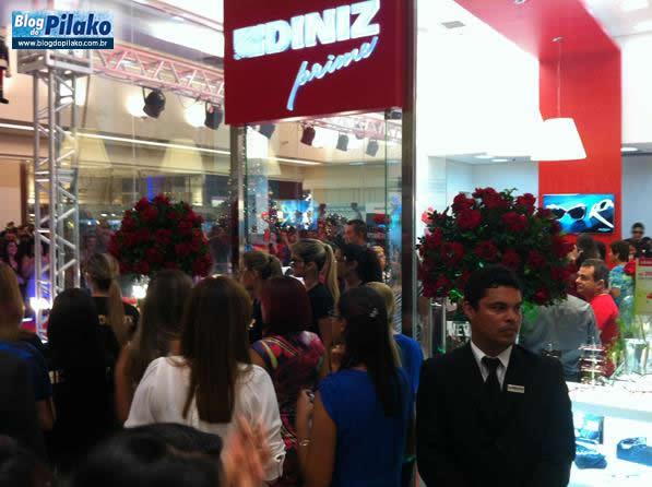 bc353201a Ótica Diniz Prime promove evento de inauguração no Shopping.