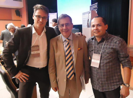 Mídia Digital: Empresário Ricardo DeMarchi, Paulo Amorim e Lissandro Nascimento em palestra no Recife