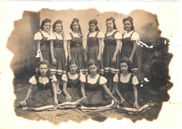 SEDE - Grupo fantasiado - CARNAVAL 1945